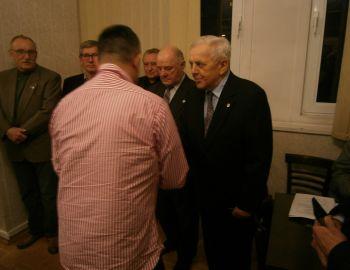 Odznaczenie tytułem Honorowego Członka PZW dla Kol. Andrzeja Iwińskiego
